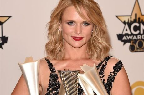 Miranda Lambert makes history with eighth consecutive win at ACM Awards