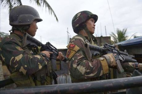 Errant strike kills Filipino troops