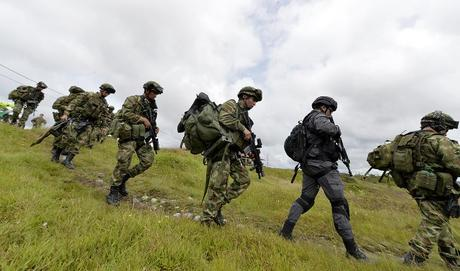 Nine Colombian rebels killed in bombing raid