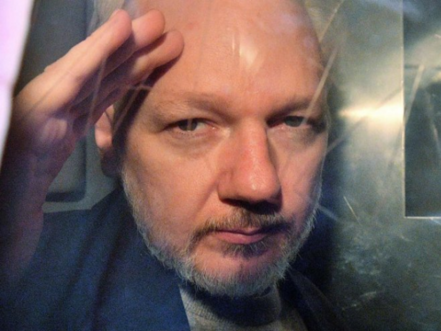 Julian Assange needs medical care or he'll die, warn 60 doctors
