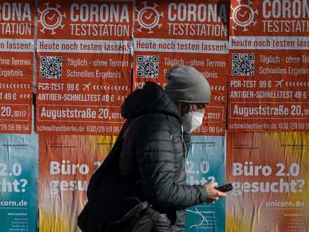 Euro economy shrank at end of 2020 under pandemic's weight