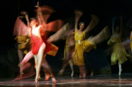 New ballet scandal after kiev theatre ousts dance chief for Farcical opera
